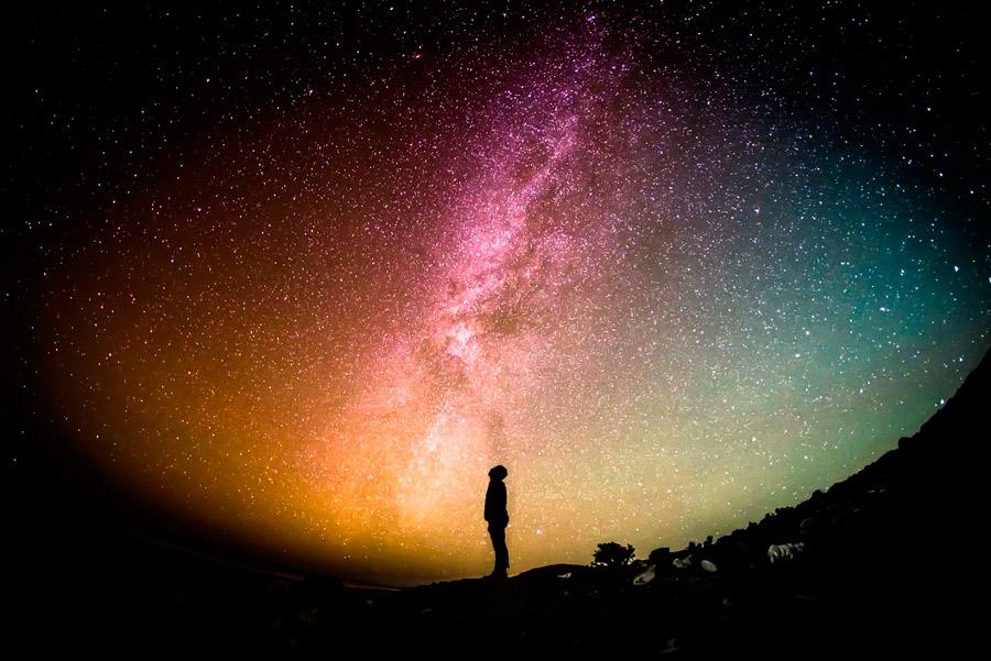 Famoso cientista admite que o universo foi criado por Deus
